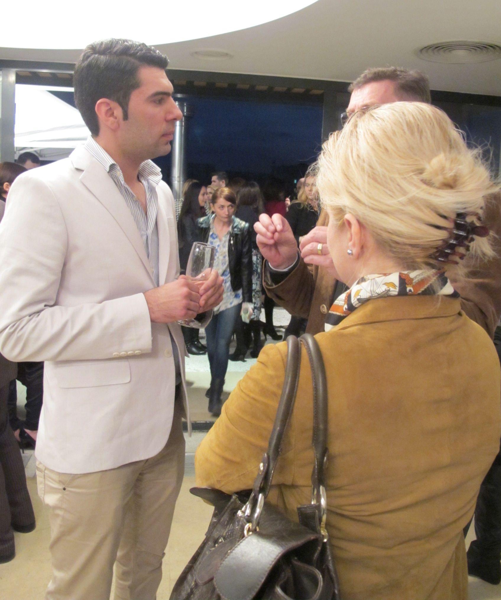 Hamid Nicola Katrib la vernisajul expozitiei sale Moods