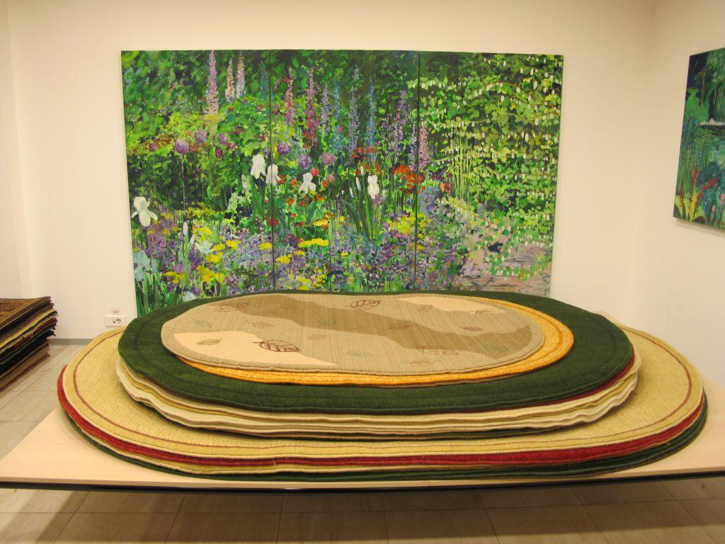 Magazinul Flying Carpets se doreste a fi si o galerie de arta. Ingenios!