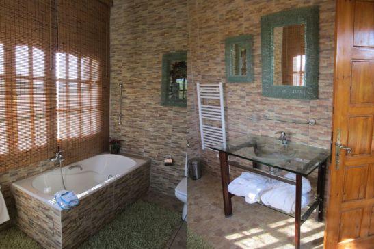 Baia din Villa Tabarka domeniul Ksar Ezzit din Tunisia