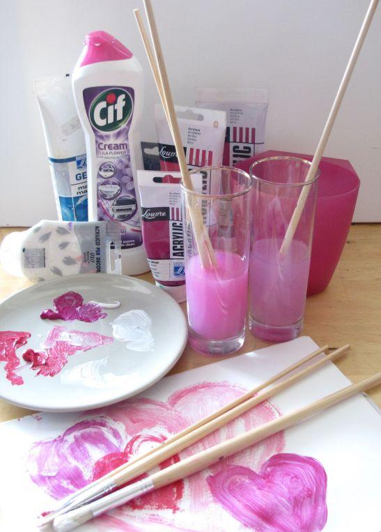 Culori acrilice curatate cu CIF