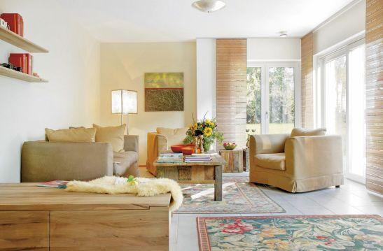 Living actual reinterpretare rustica de la Schwoerer Haus