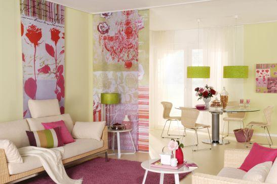 Living modern cu tuse feminine de la Luxaflex