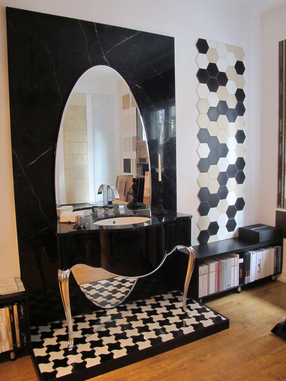 Propunere de baie luxoasa in alb si negru de la Dream Home Design