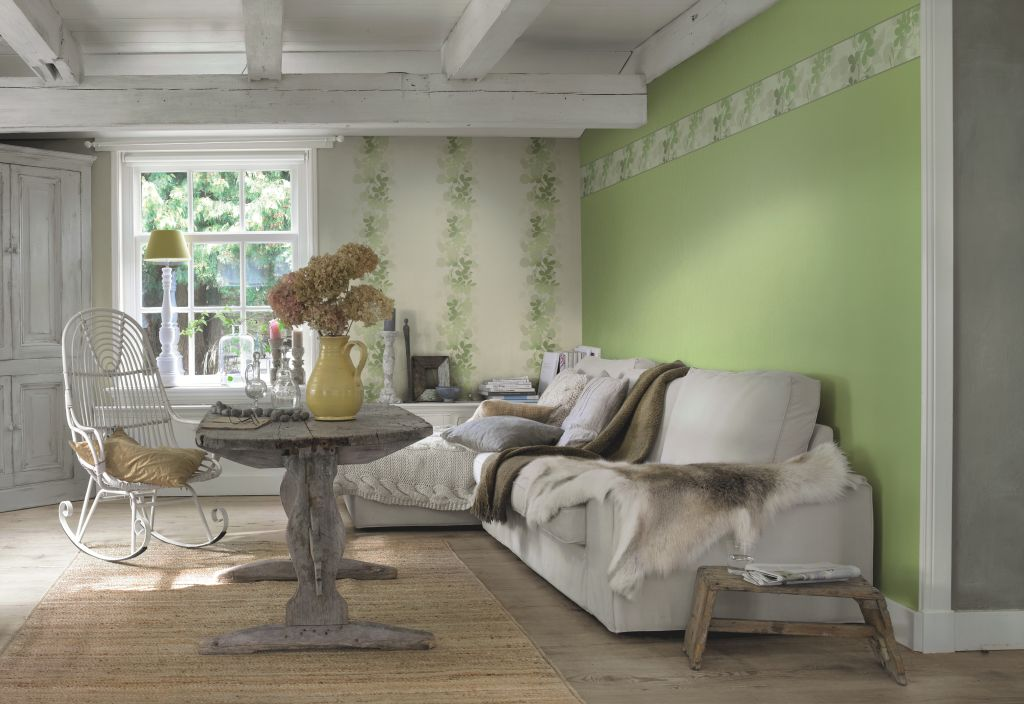 Tapet verde pastel si cu decor vegetal colectia Seduction 2014 marca Rasch