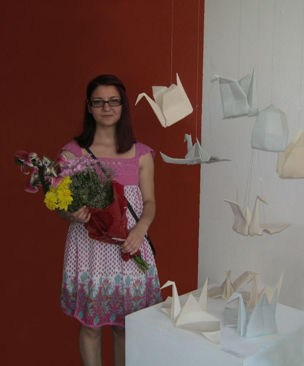 Alina Constantin la expoziția de licență UNArte