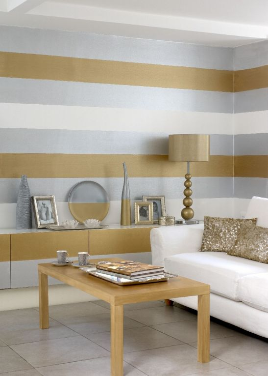 Ambient modern si elegant cu dungi orizontale gri si bronz