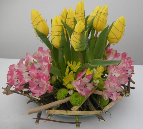 Fleur Blanche aranjament cadou alstroemeria si lalele - 120 lei