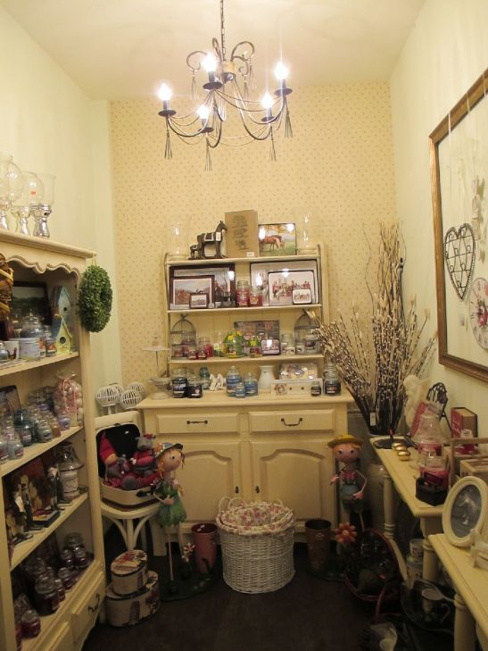 Obiecte de decor si lumanari parfumate la Mon chic jardin