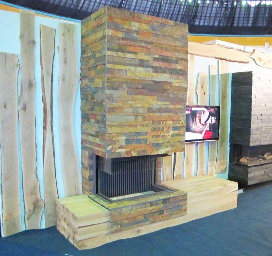 Focar Kal Fire montat intr-un semineu personalizat realizat de Eden Tower Group