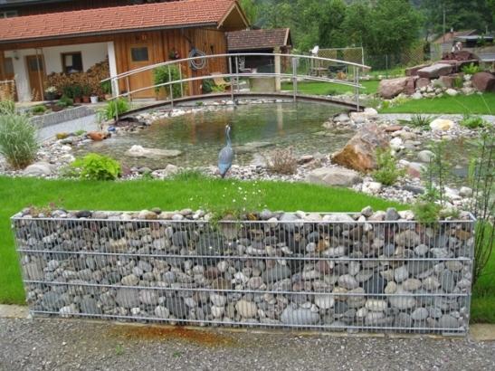 Gabion in decorul gradinii Foto zaun-line.de