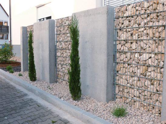 Gard solid din beton si gabioane Foto RAL