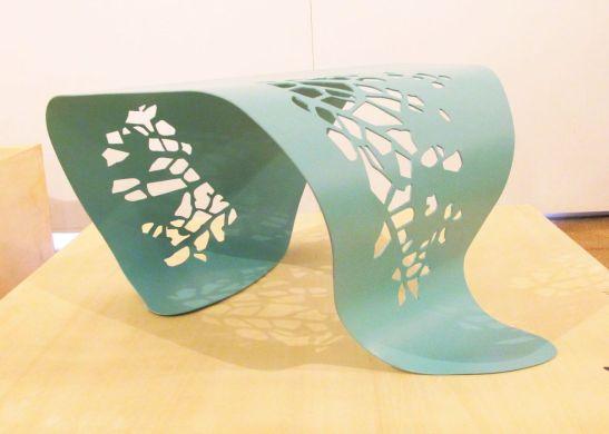 Masa Leaf (varianta turcoaz) designeri Anca Trestian si Alina Turdeanu, Autor 4 noiembrie 2012