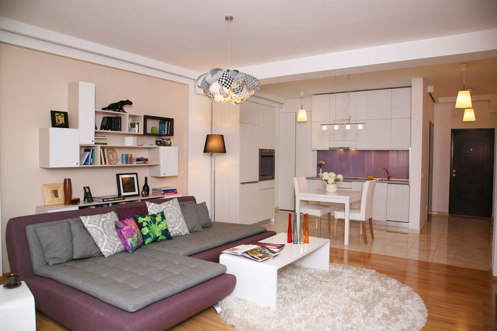 Apartament de bloc de doua camere superb amenajat adela for Design apartment 2 camere