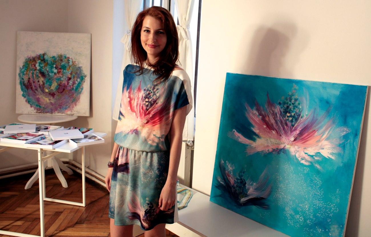 Maria Dermengiu la lansarea colectiei ei de esarfe Marie Nouvelle Studio