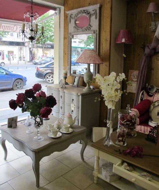 Oglinzi si bufete vintage gasesti la Comptoir de Famille
