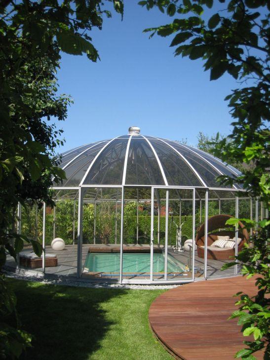 Pavilioanele Rondo de la Hoklatherm pot fi folosite si pentru acoperirea piscinelor mici