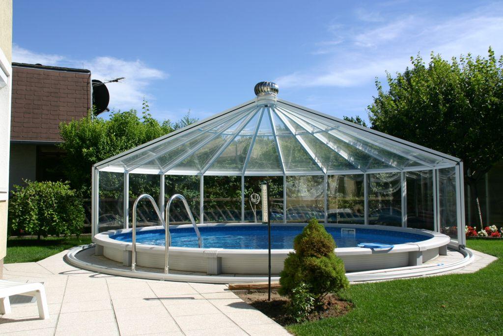 Pavilionul Rondo de la Hoklatherm este ideal pentru acoperirea piscinelor rotunde.