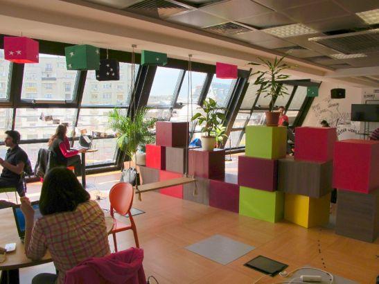 Separari colorate la etajul 3