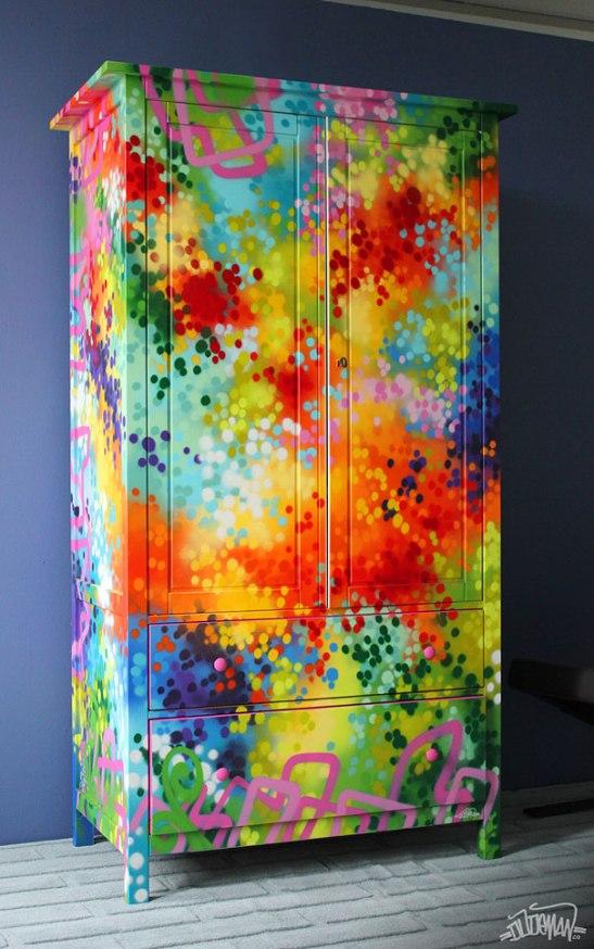 adelaparvu.com despre mobila cu graffiti design Dudeman 2
