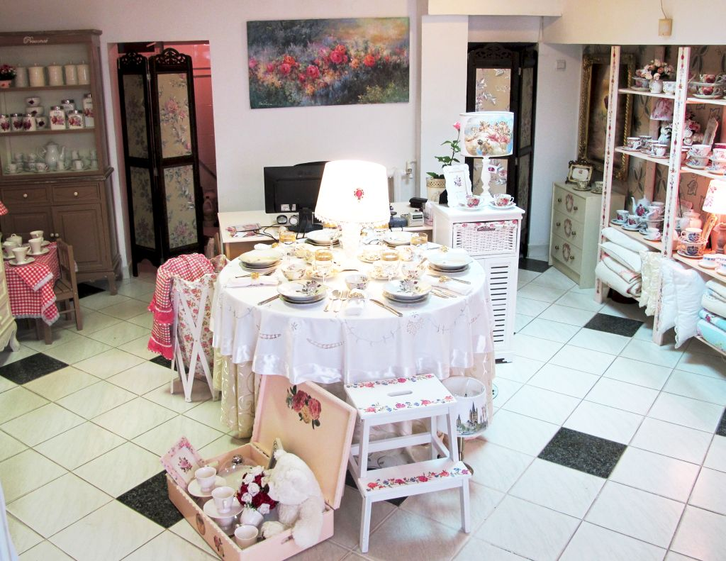 adelaparvu.com despre Vintage Monique Shop (15)