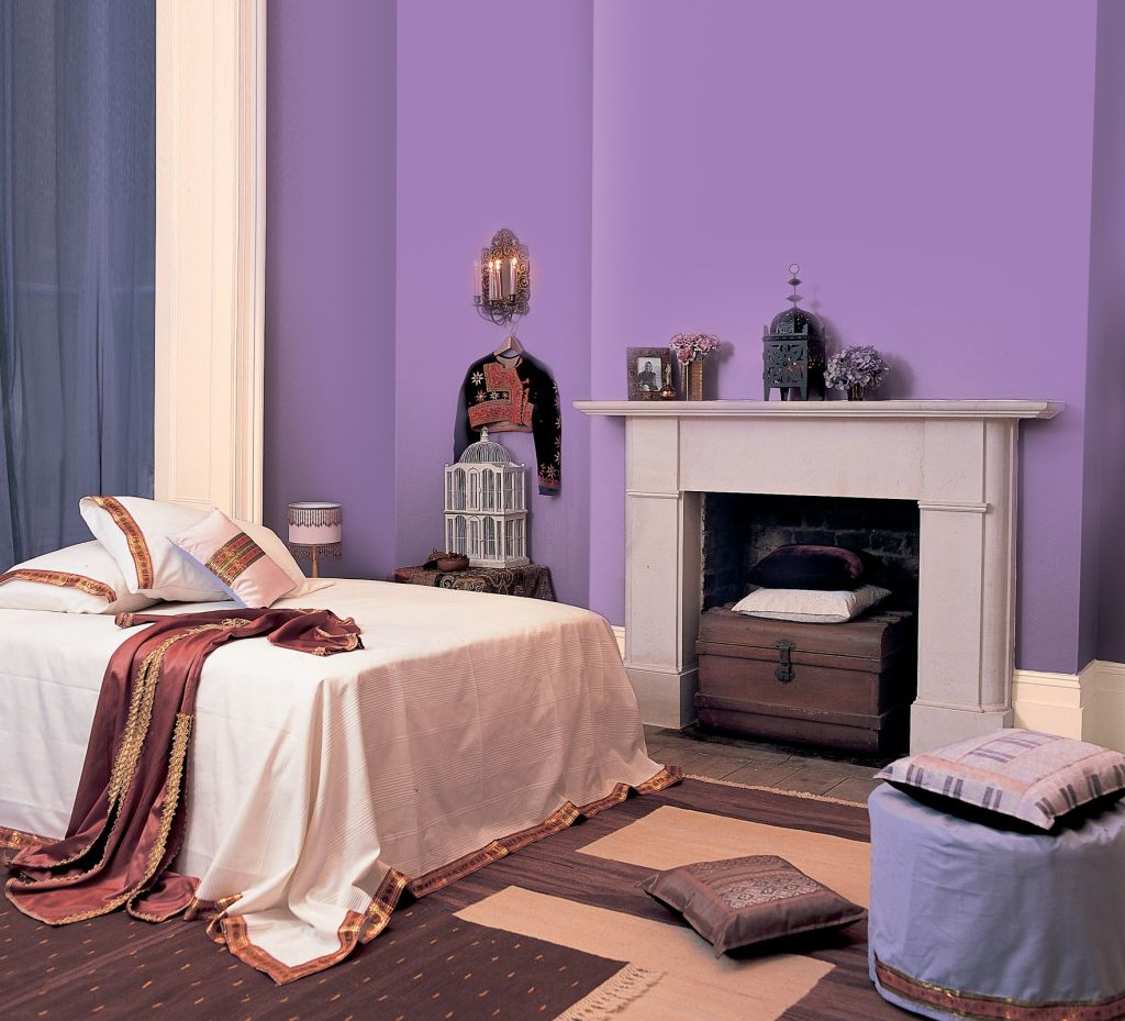 Folosit in interioarele cu detalii aurite, violetul este perceput ca elegant, royal Foto Copyright © Akzo Nobel