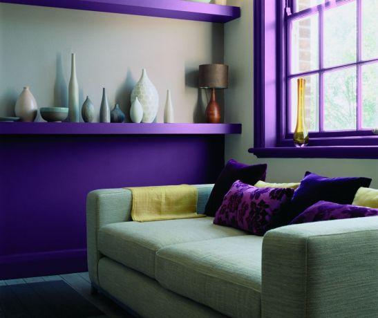 In nuante tari si in combinatie cu griuri, violetul devine extravagant Foto Copyright © Akzo Nobel