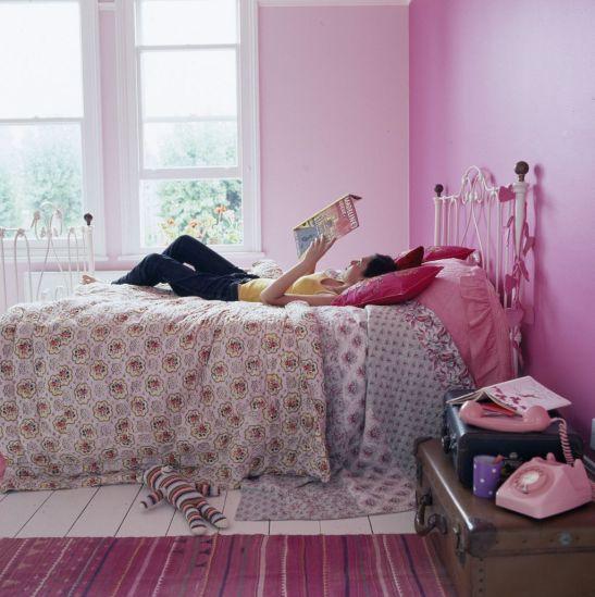 Nuante de roz in camera de adolescenta Foto Copyright © Akzo Nobel