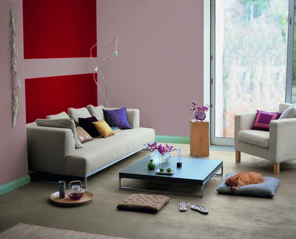 Zone de rosu ca accente de culoare in living Foto Copyright © Akzo Nobel