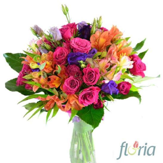 adelaparvu.com despre ce flori comanda romanii online