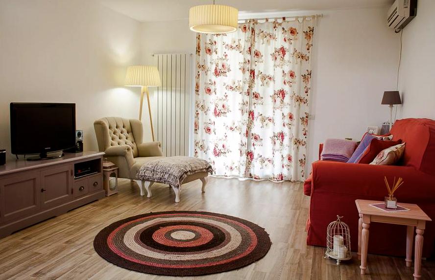 adelaparvu.com despre apartament feminin designer Mariana Bercu1