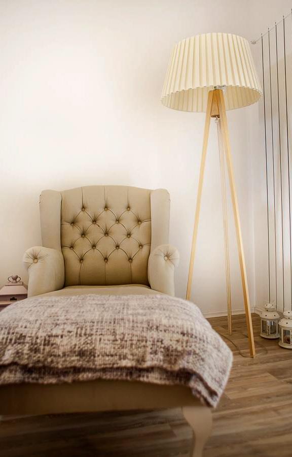 adelaparvu.com despre apartament feminin designer Mariana Bercu3 (2)
