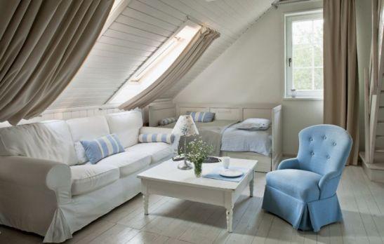 adelaparvu.com despre casa pe malul lacului Foto Rafal Lipski, Weranda Country  (12)