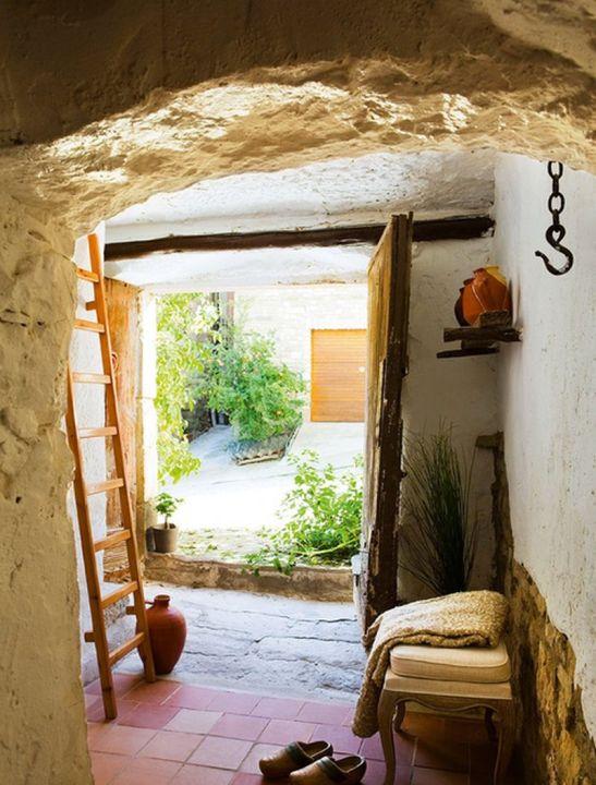 adelaparvu.com despre casa taraneasca renovata Foto El Mueble (4)