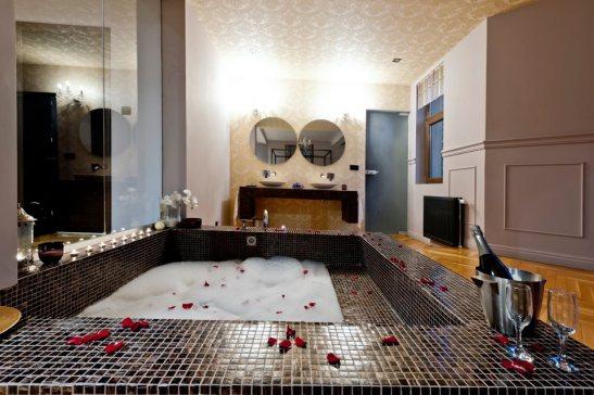 adelaparvu.com despre Chambers & Charm Hotel Brasov BALDAQUIN 4