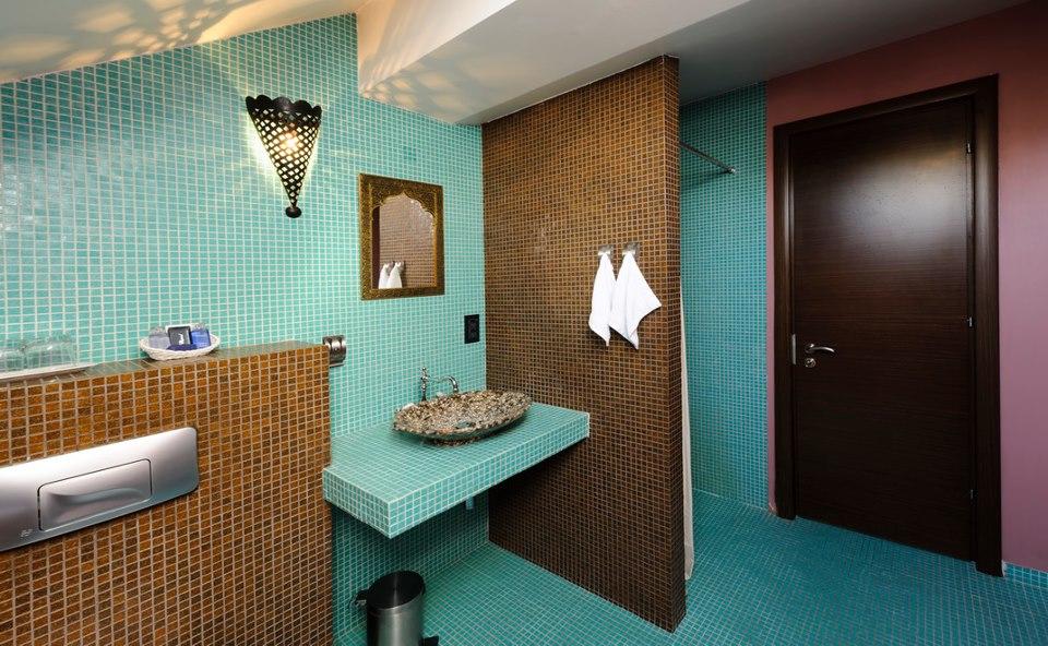 adelaparvu.com despre Chambers & Charm Hotel Brasov MARROCAN 2