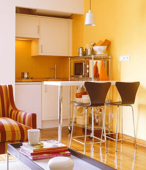 adelaparvu.com despre garsoniera in culori solare designer Sofia Zayas foto Micasa (2)