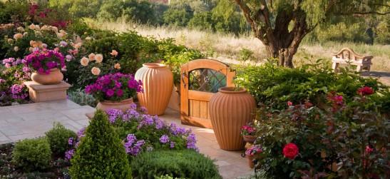 adelaparvu.com despre gradina formala cu flori  design Margie Grace (7)