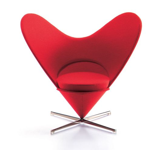 Heart shaped Cone Chair. Panton. 1958