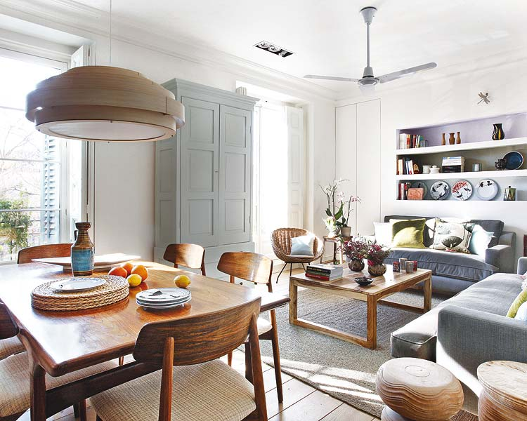 adelaparvu.com despre apartament cu mobila din lemn (3)
