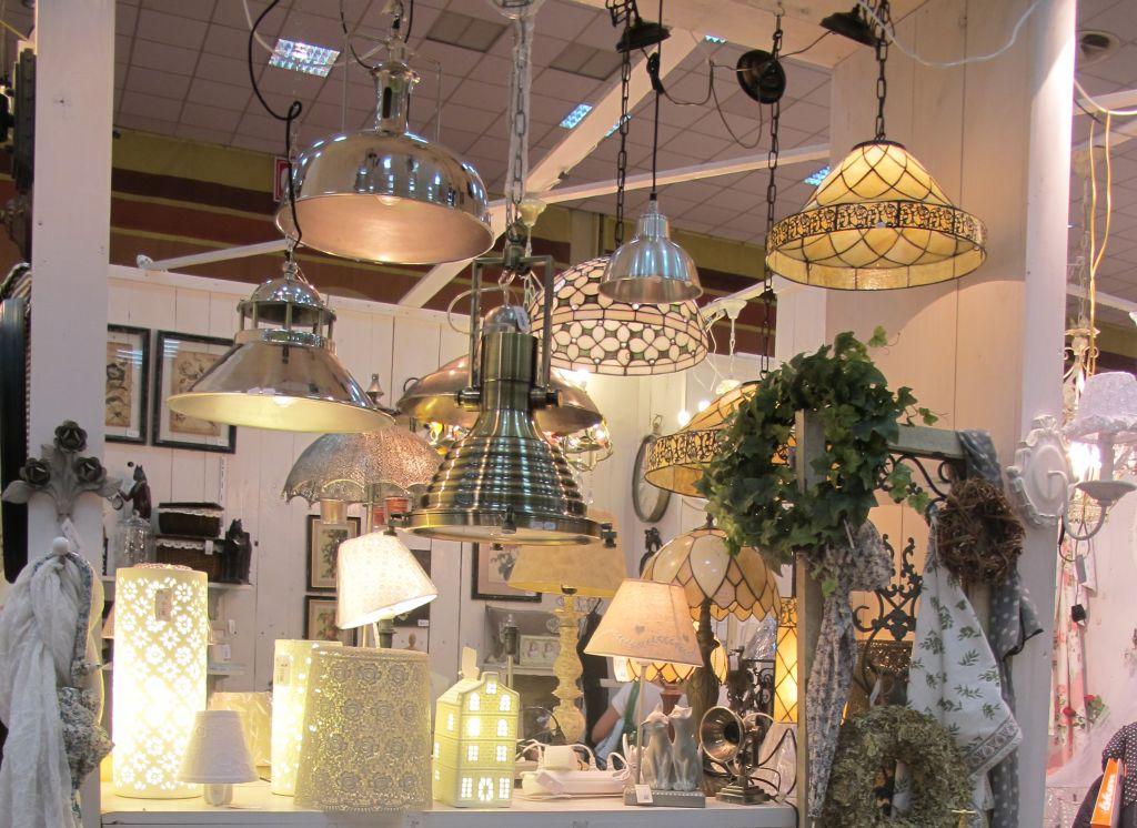 Noua colectie de lampi suspendate de la Yankee Land