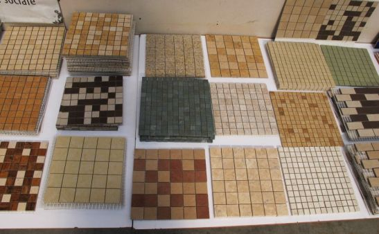 Cele mai cerute modele de mozaic au dimensiunile de 3x3 cm sau 4,7 x 4,7 cm