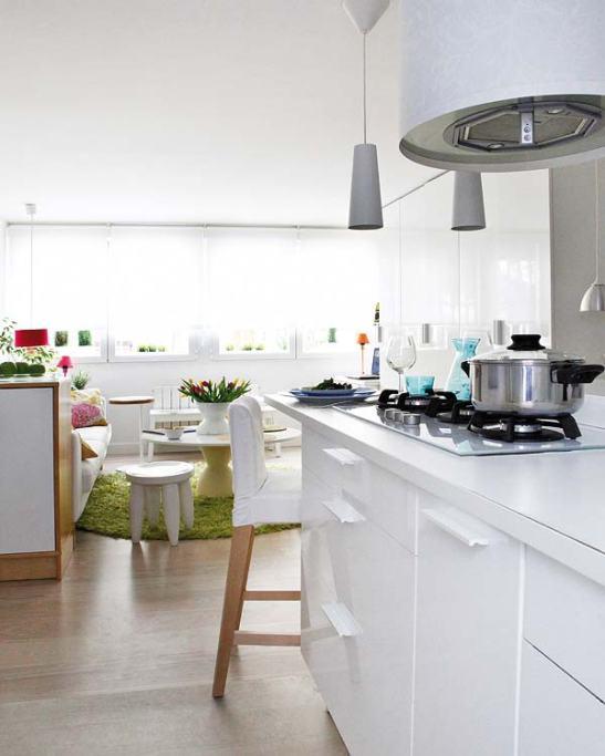adelaparvu.com despre locuinta mica cu bucatarie deschisa designer Paloma Pacheco Foto Micasa (5)