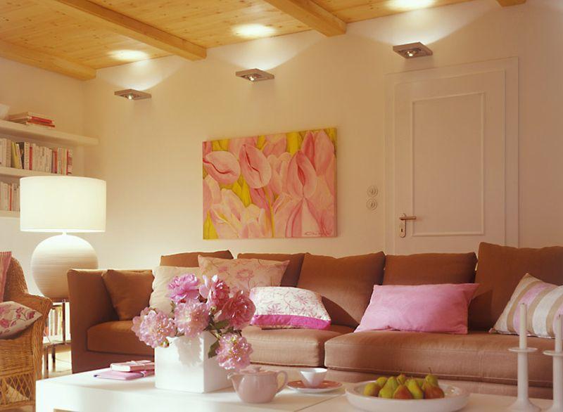 adelaparvu.com despre mobila in camera cu multe usi si ferestre (1)