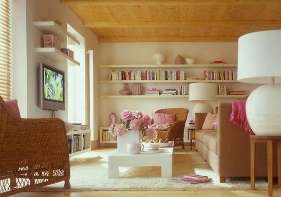 adelaparvu.com despre mobila in camera cu multe usi si ferestre (4)