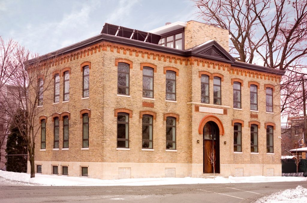 adelaparvu.com despre scoala transformata in casa Design SGW Architects (10)