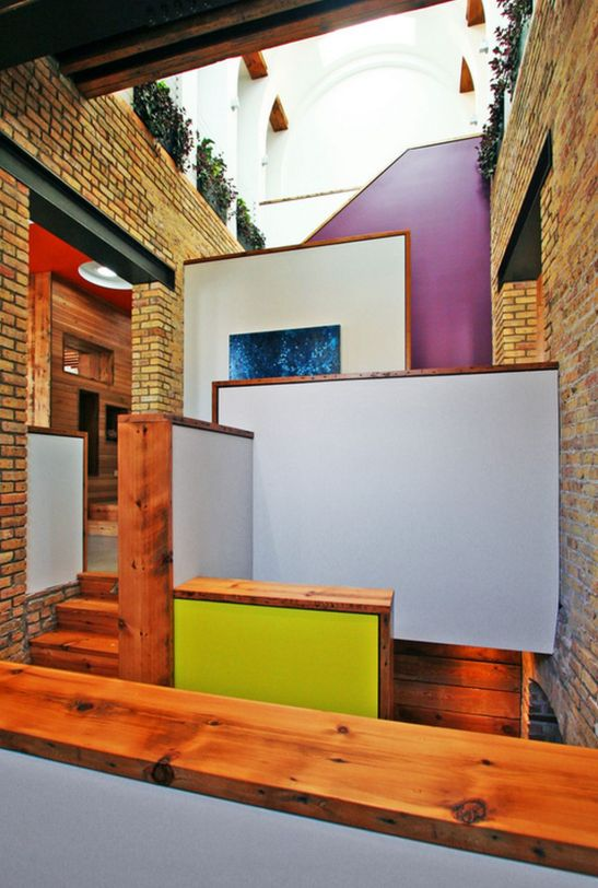 adelaparvu.com despre scoala transformata in casa Design SGW Architects (17)