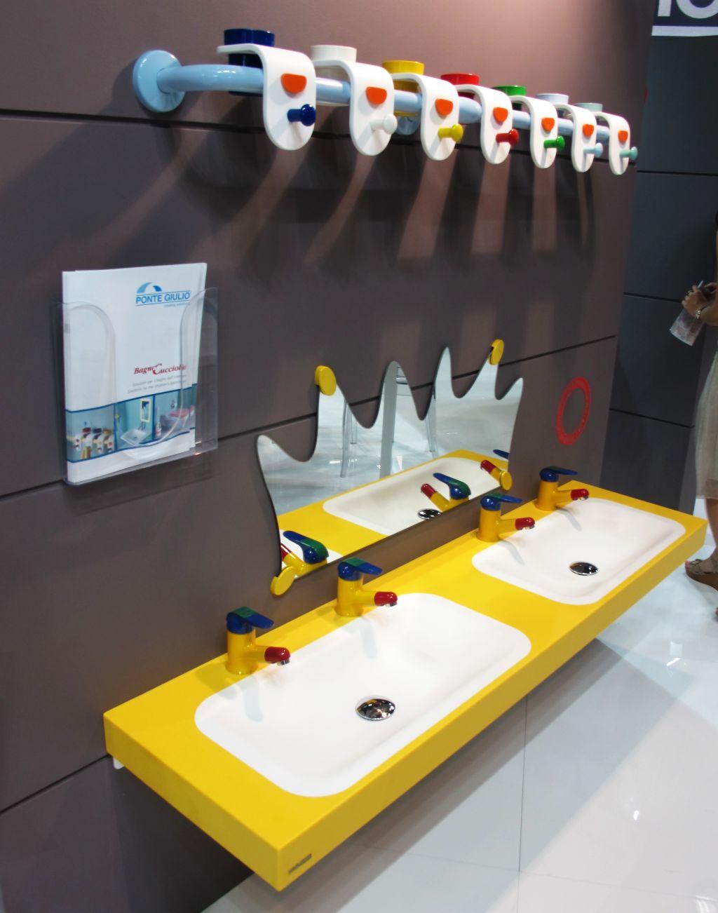 Lavoare si accesorii  pentru copii model Bogno Cuciolo de la Ponte Giulio