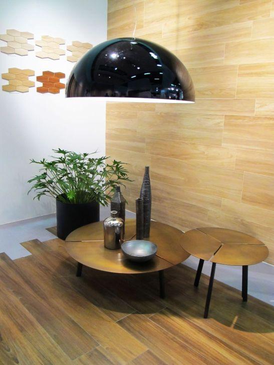 Placi ceramice care imita lemnul in standul Marazzi la Cersaie 2013