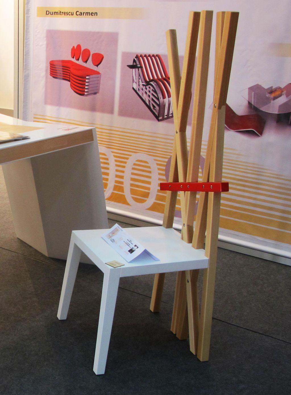 Scaunul Axe, designer Constantin Saliche