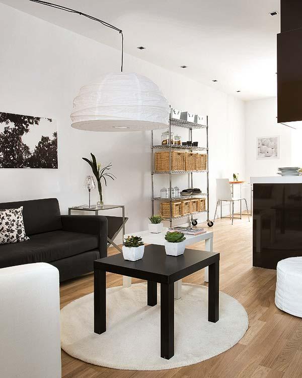 adelaparvu.com despre apartament in alb si negru Foto Micasa (1)